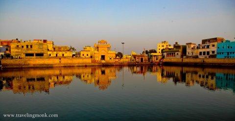 Radha kund (1)